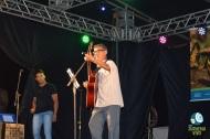 José Felix Dias da Rocha toca sua canção em homenagem ao Juruena. Foto de Carla Ninos.