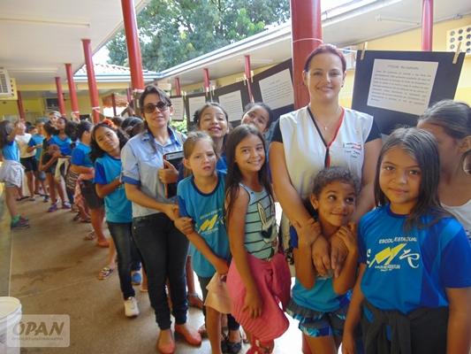 Professores e estudantes do ensino básico participando da atividade. Foto: Luana Fowler/OPAN.